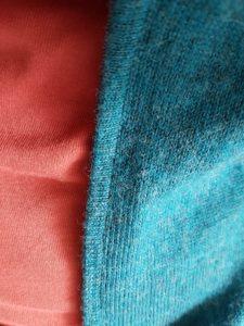 tissu bleu tout doux
